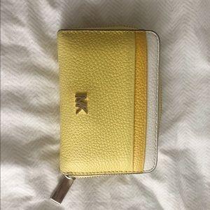 Michal Kors wallet